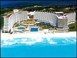 Hotel Crown Paradise Cancun